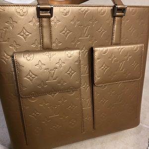 Louis Vuitton Hangbag